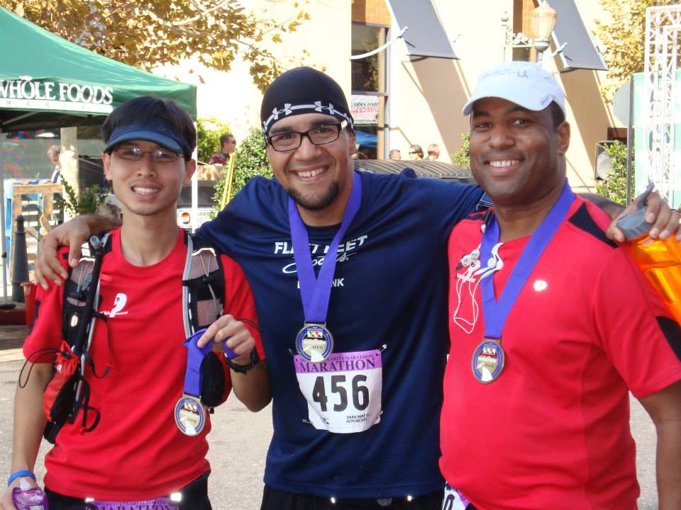 bear-at-1st-marathon-finish